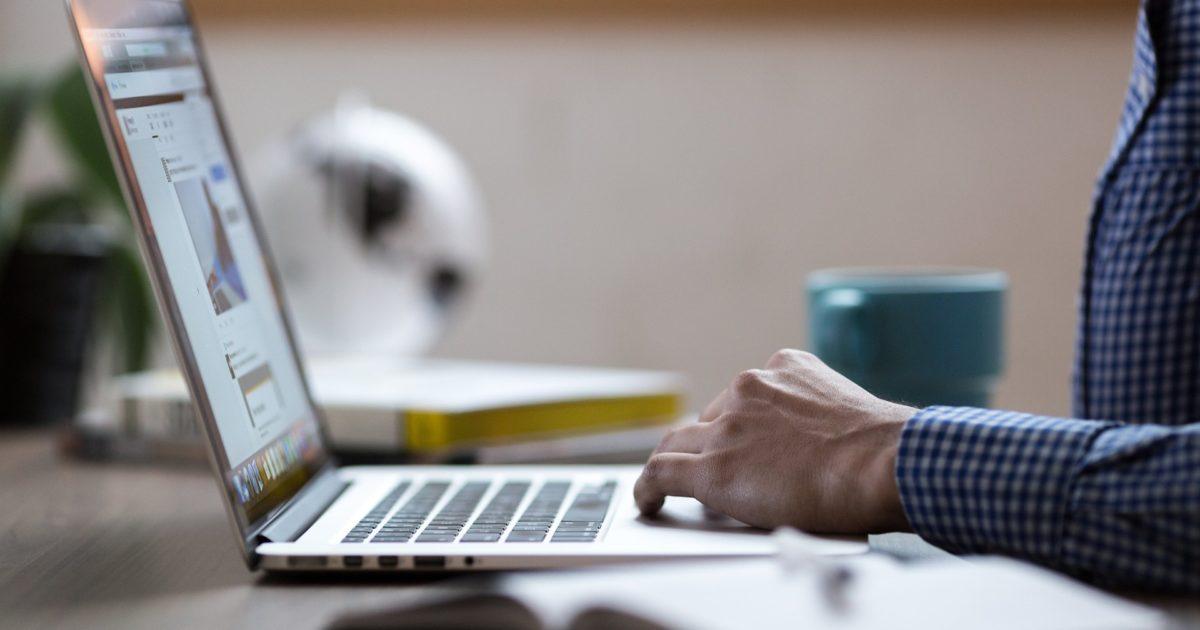 中小企業の担当者必見!大企業に負けないオウンドメディア活用方法