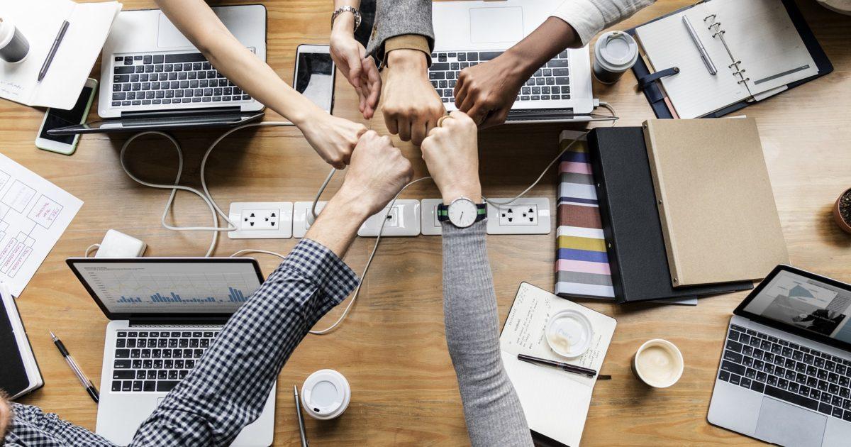 オウンドメディアはNPOの最強ツール?広報活動や収益化に成功した4事例