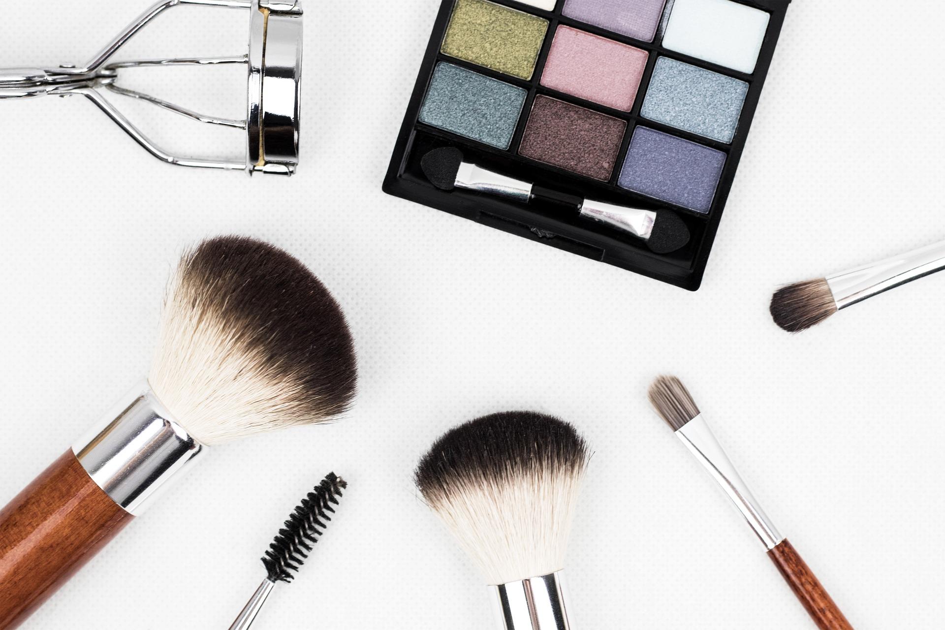 コスメ・化粧品オウンドメディアの成功事例が少ない理由