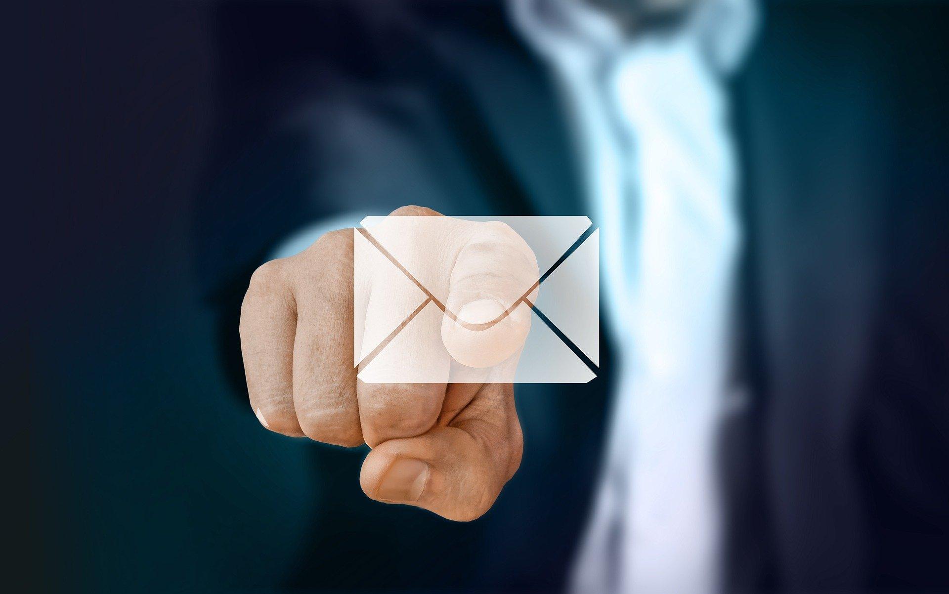 BtoBメールマーケティングに最適なメルマガ配信ツール3選